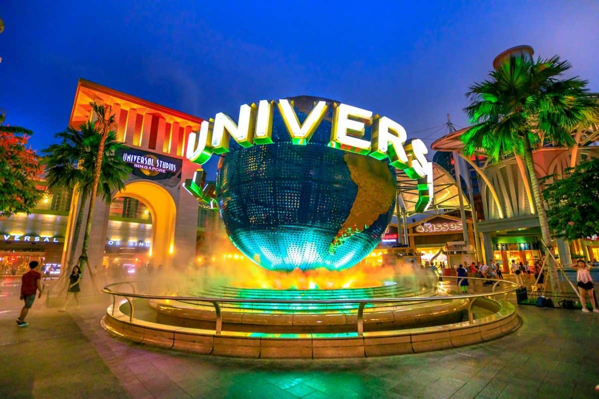 landmarks to visit universal studios hollywood