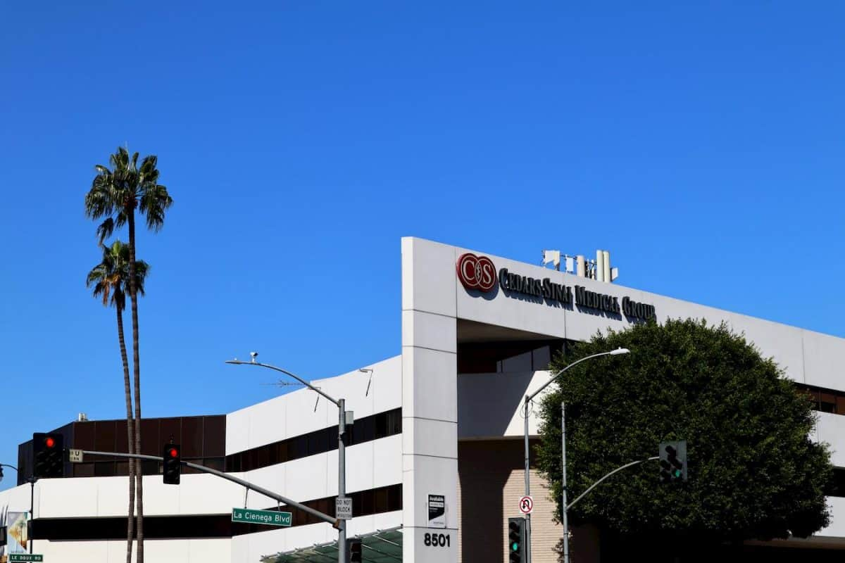 top hospitals in los angeles cedars sinai medical center