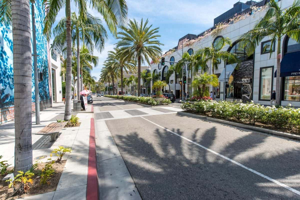 photo of rodeo drive beverly hills