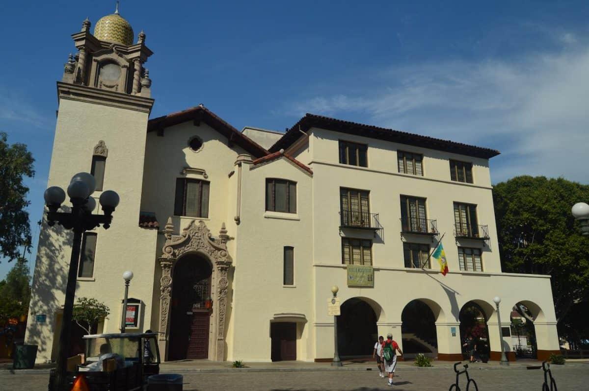 la reyna de los angeles is the origin of the name