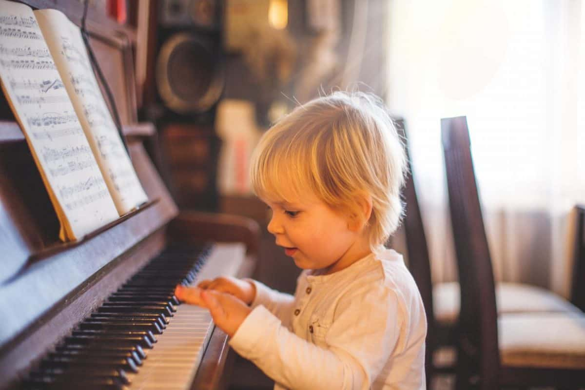 when planning to move an upright piano consider weight and value